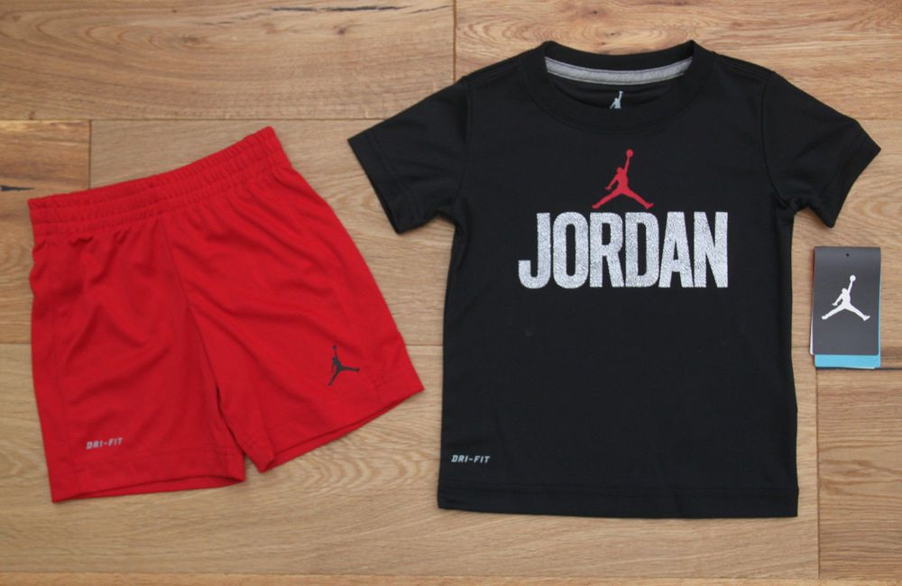 9040ca00456e3a Air Jordan Toddler Boy 2 Piece Tee   Shorts Set ~ Black