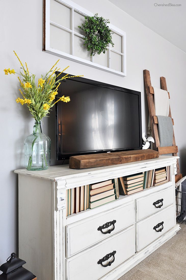 Ordinaire Tips For Decorating Around A TV Tv On Dresser, Dresser Tv Stand, Desk Tv
