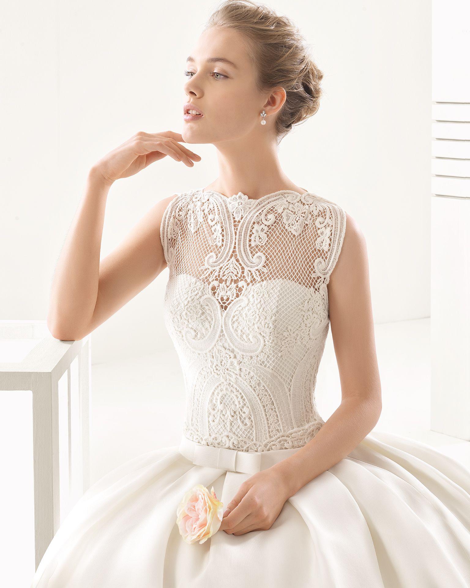 Pink lace wedding dress  Najera  Novia  Colección  Rosa clara Wedding dress and Weddings