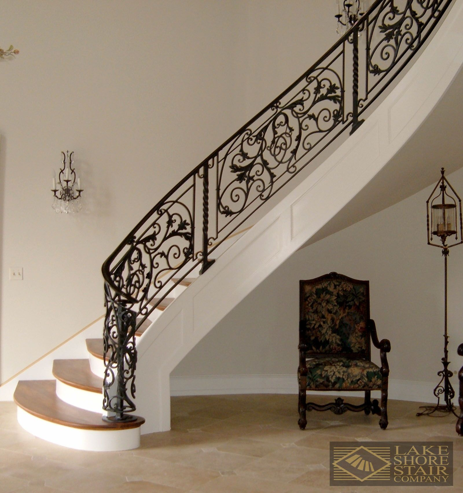 Best Iron Scroll Balustrade With Natural And White Stairs 400 x 300
