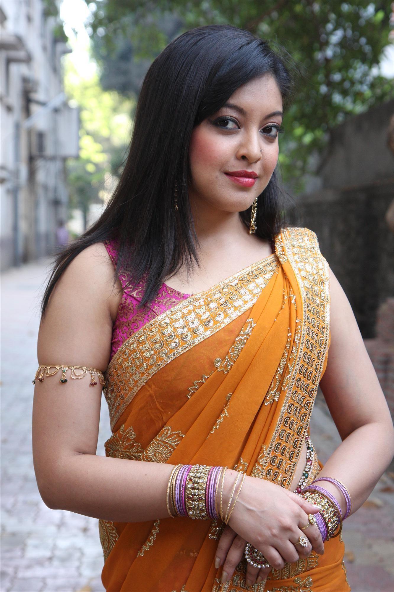 tanushree dutta sister
