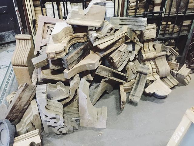 When Perspective and @jbsmercantile combined forces on a pick this is what you get. This was our corbel haul after literally digging our way through a salvage warehouse. Parts of the warehouse haven't been touched in 50 years. Getting ready to #partylikeajunker #perspectivedesign