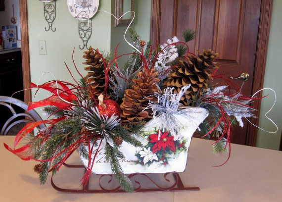 CHRISTMAS DECOR CENTERPIECE Sleigh, Large Rustic with 10-12\