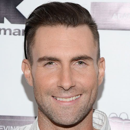 The Best Adam Levine Haircuts & Hairstyles (2020 Update),  #Adam #Haircuts #hairstyles #Levine #marooncurlyhairstyles #Update