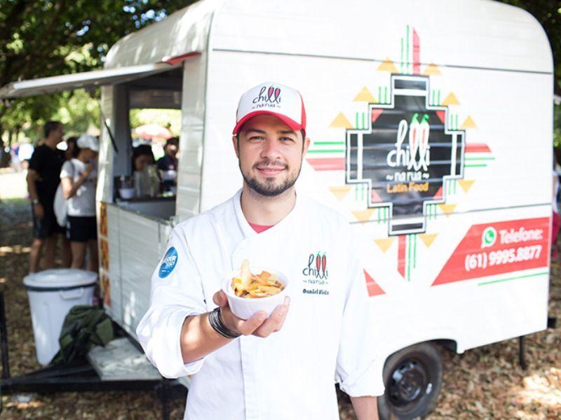 Evento de gastronomia leva mais de 20 food trucks, moda, bandas, DJs e Stand Up Paddle à Orla da NET Live