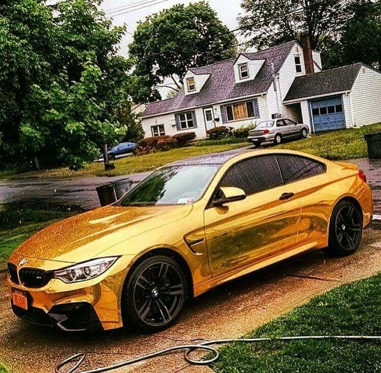 BMW F82 M4 gold chrome carwash Bmw, Exclusive cars, Bmw car