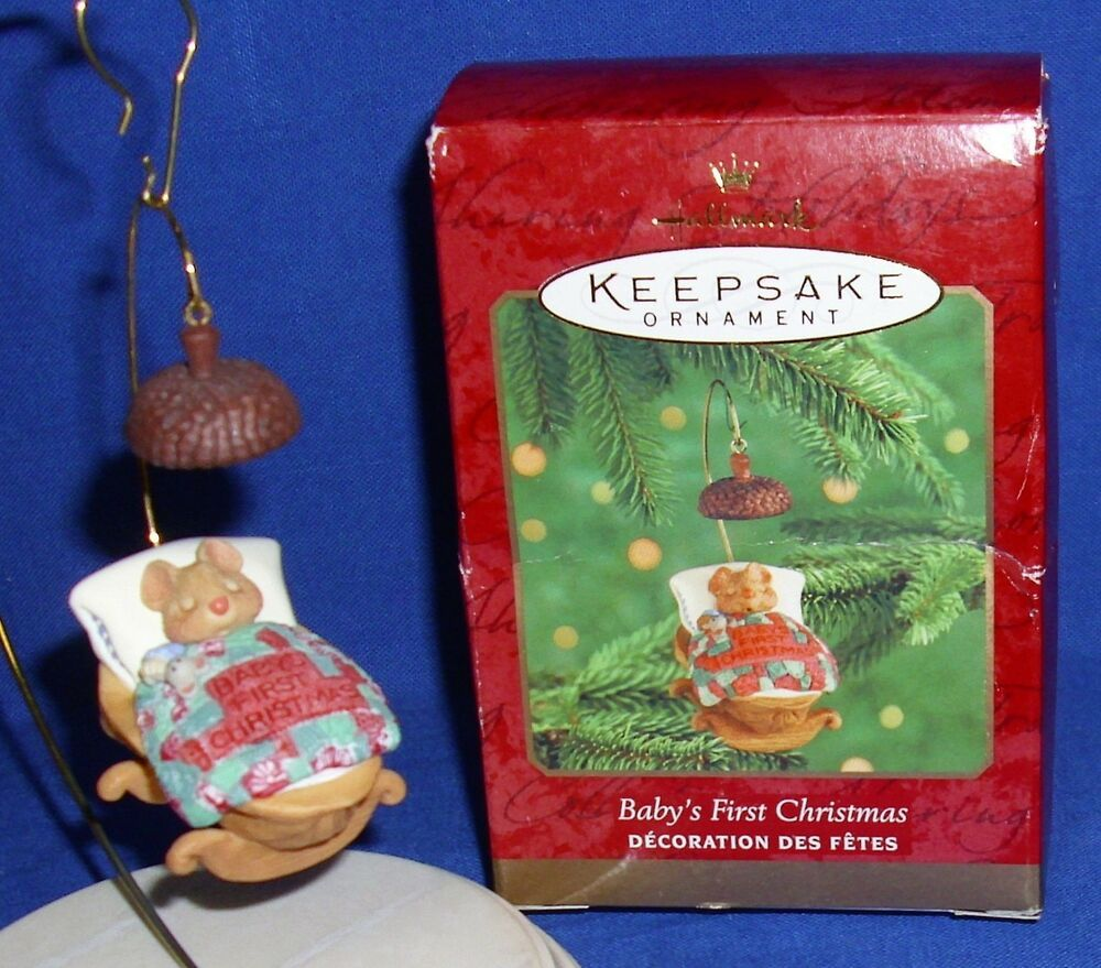 Hallmark Ornament Baby S First Christmas 2000 Mouse In Walnut