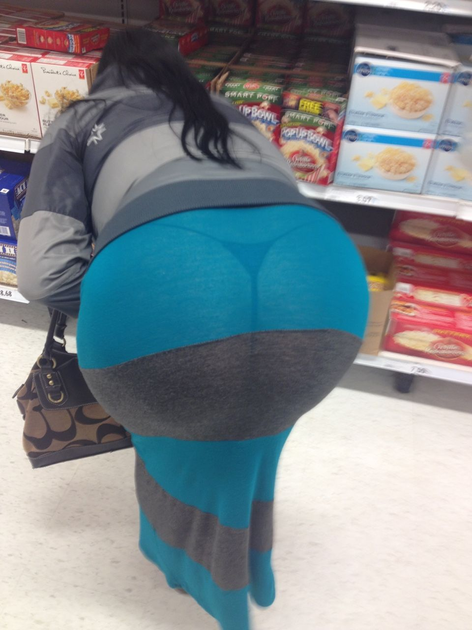 bigdaddy337: sultrycheyenne65: shopping wow what a beautiful ass