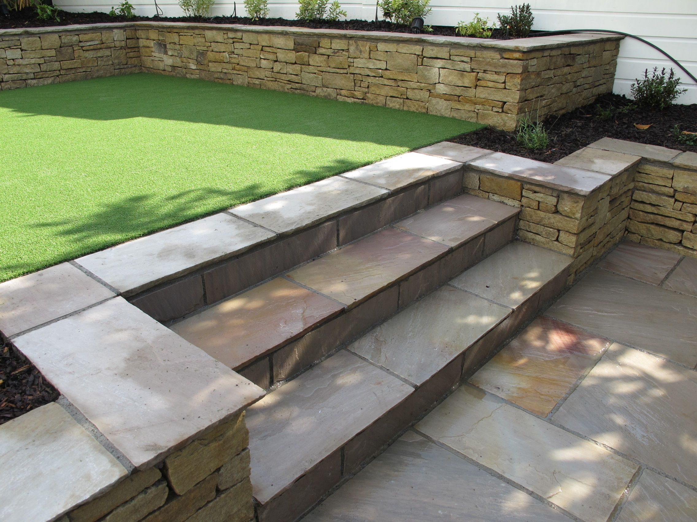 10 2 Level Garden Ideas, Elegant as well as Interesting ... on Split Level Backyard Ideas id=75691