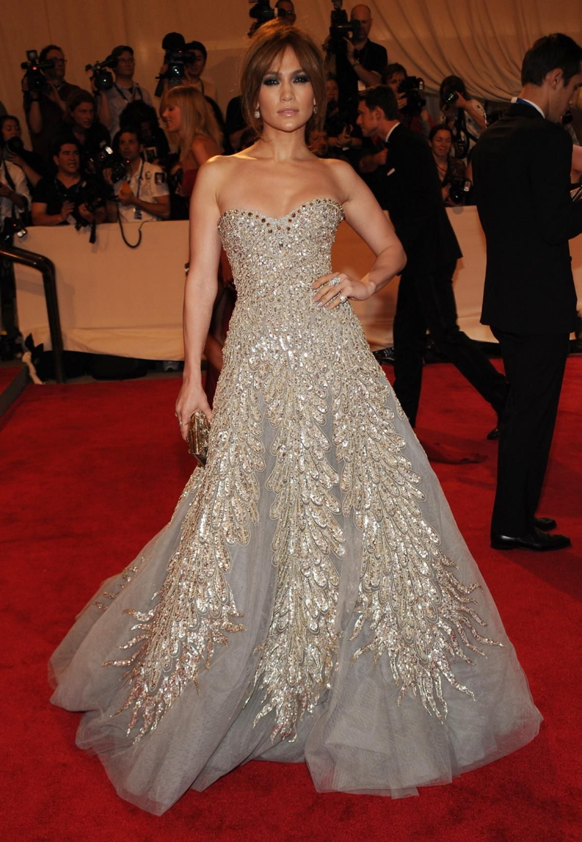 Jennifer lopez red carpet dresses google search ladies with an attitude pinterest - Red carpet oscar dresses ...