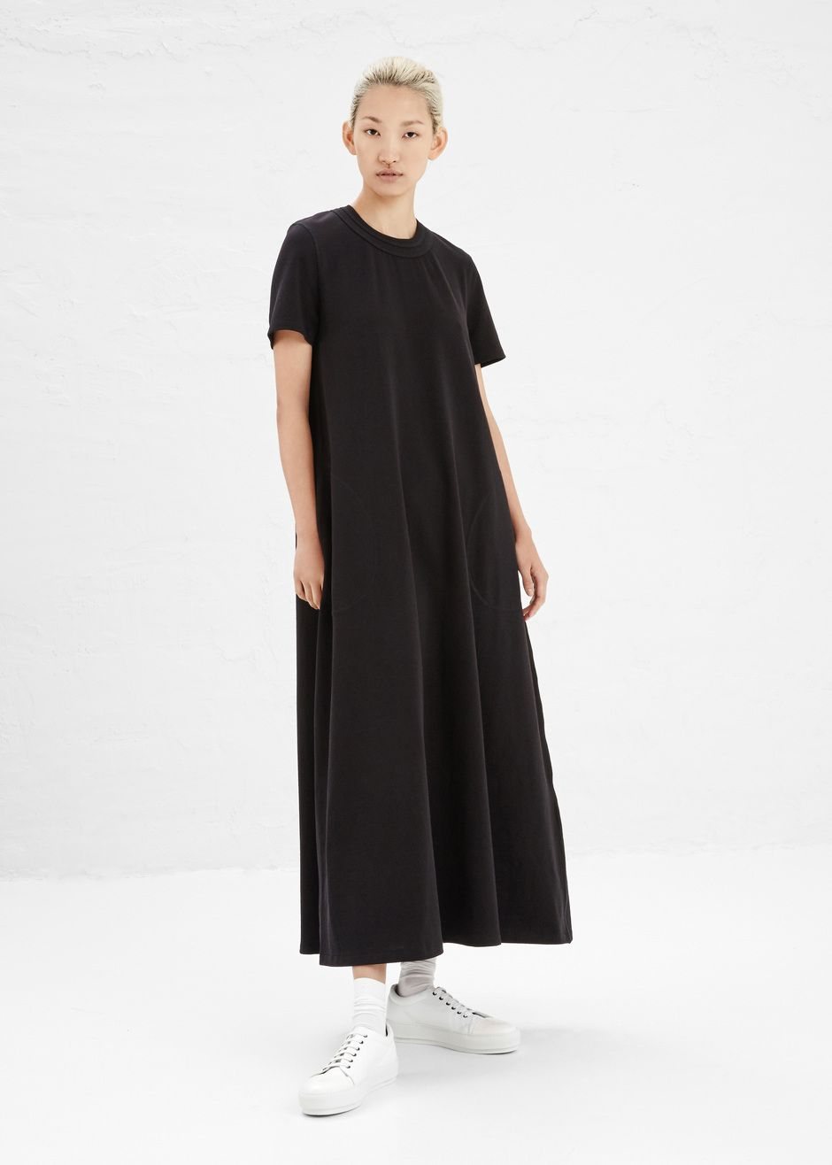 Shortsleeved dress in black cotton rounded collar with stitched