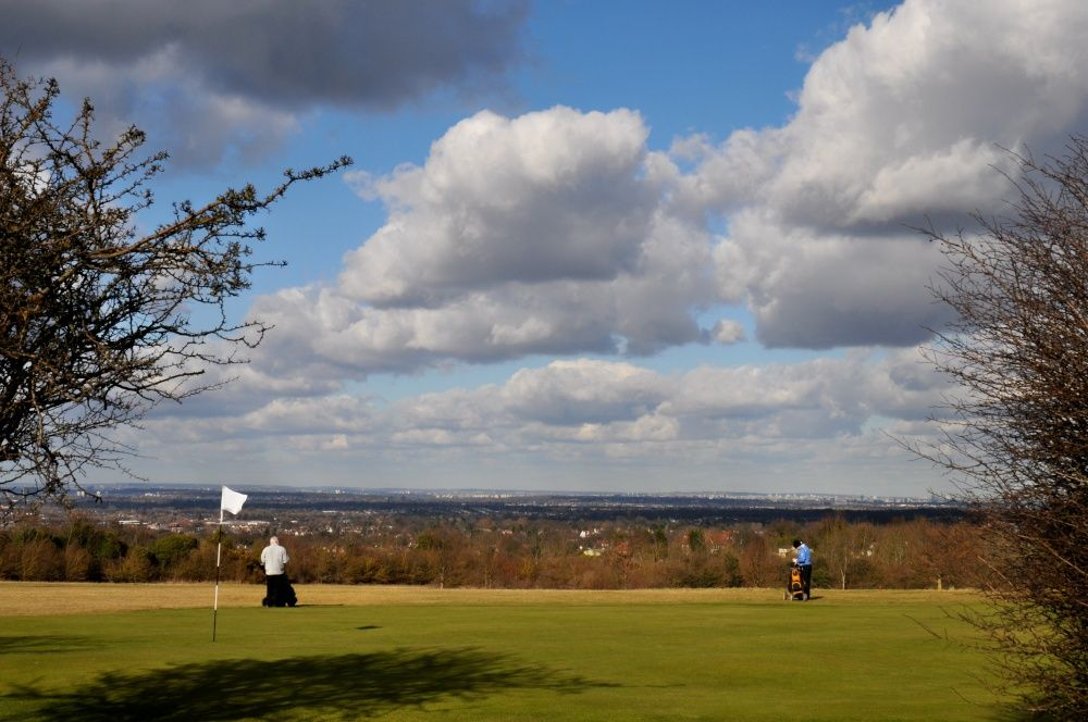 16+ Cambridgeshire golf club information