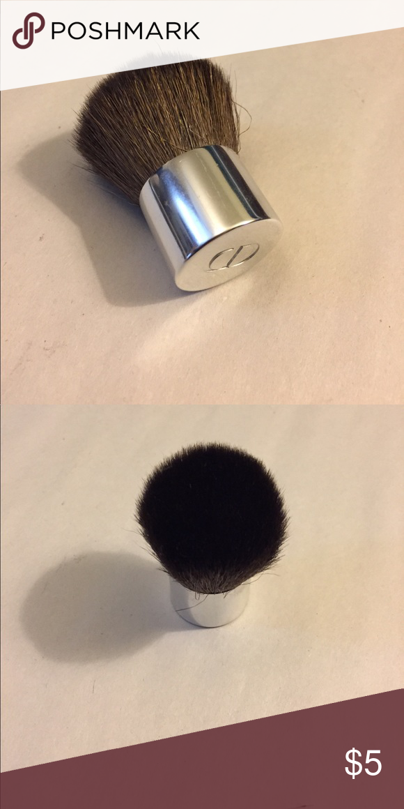 Chanel travel size kabuki brush Came with higher didn't
