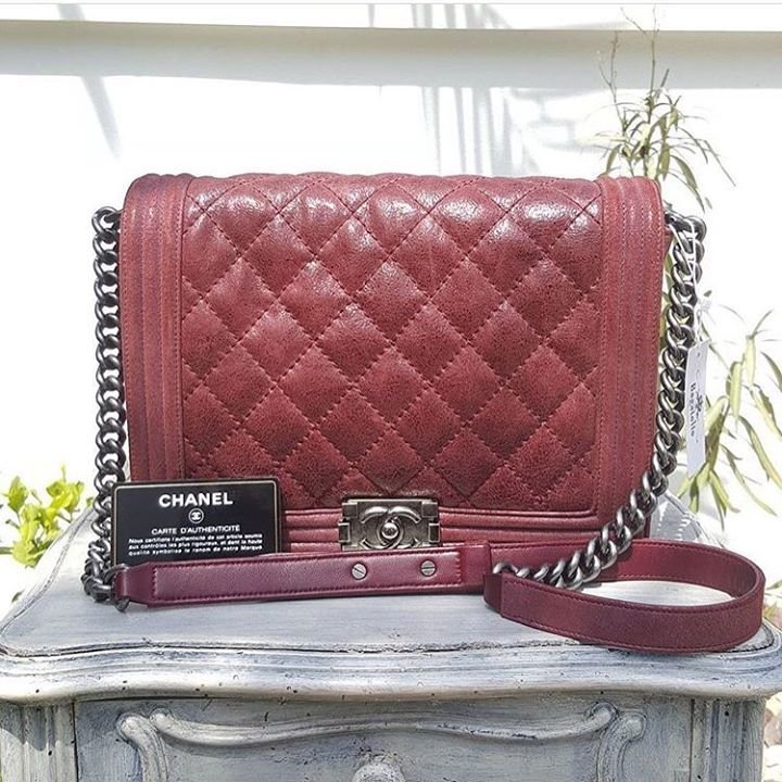 Chanel Maroon Soft Aged Leather Boy Large Aged Shw Condition Excellent Card Dustbag Price Aed 9 300 We Deliver Wor Chanel Jumbo Chanel Bag Chanel Reissue