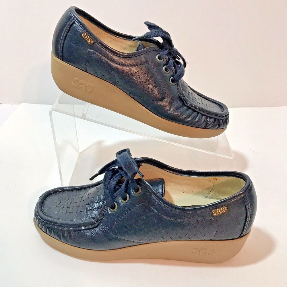 SAS Women Size 7 SLIM Navy Blue Leather Oxford Comfort