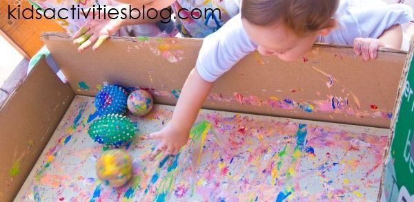 Activities for 2 Year Olds #creativeartsfor2-3yearolds