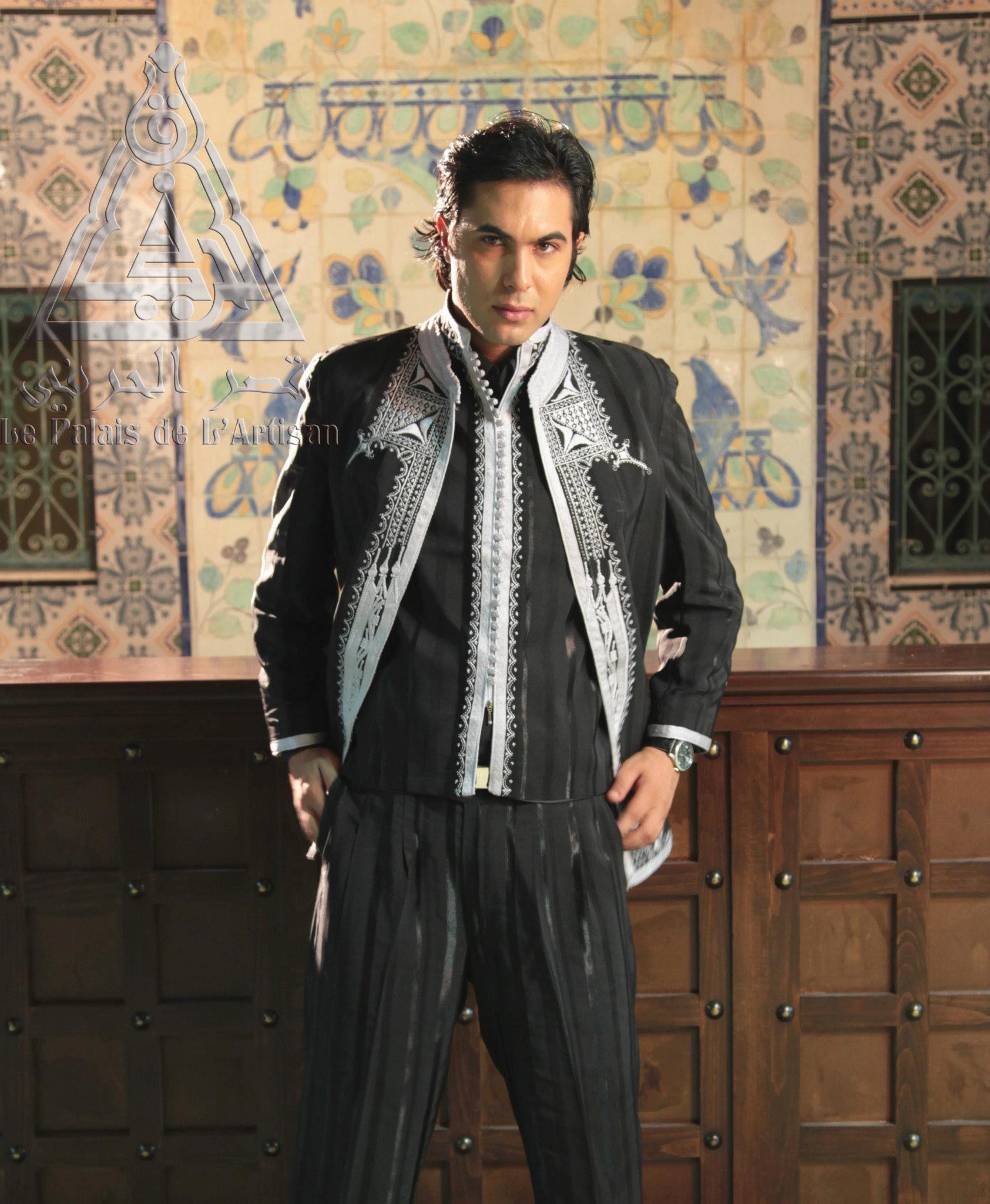 costume tunisien pour homme traditionnel revisit avec tissu en soie tiss main et broderie au. Black Bedroom Furniture Sets. Home Design Ideas