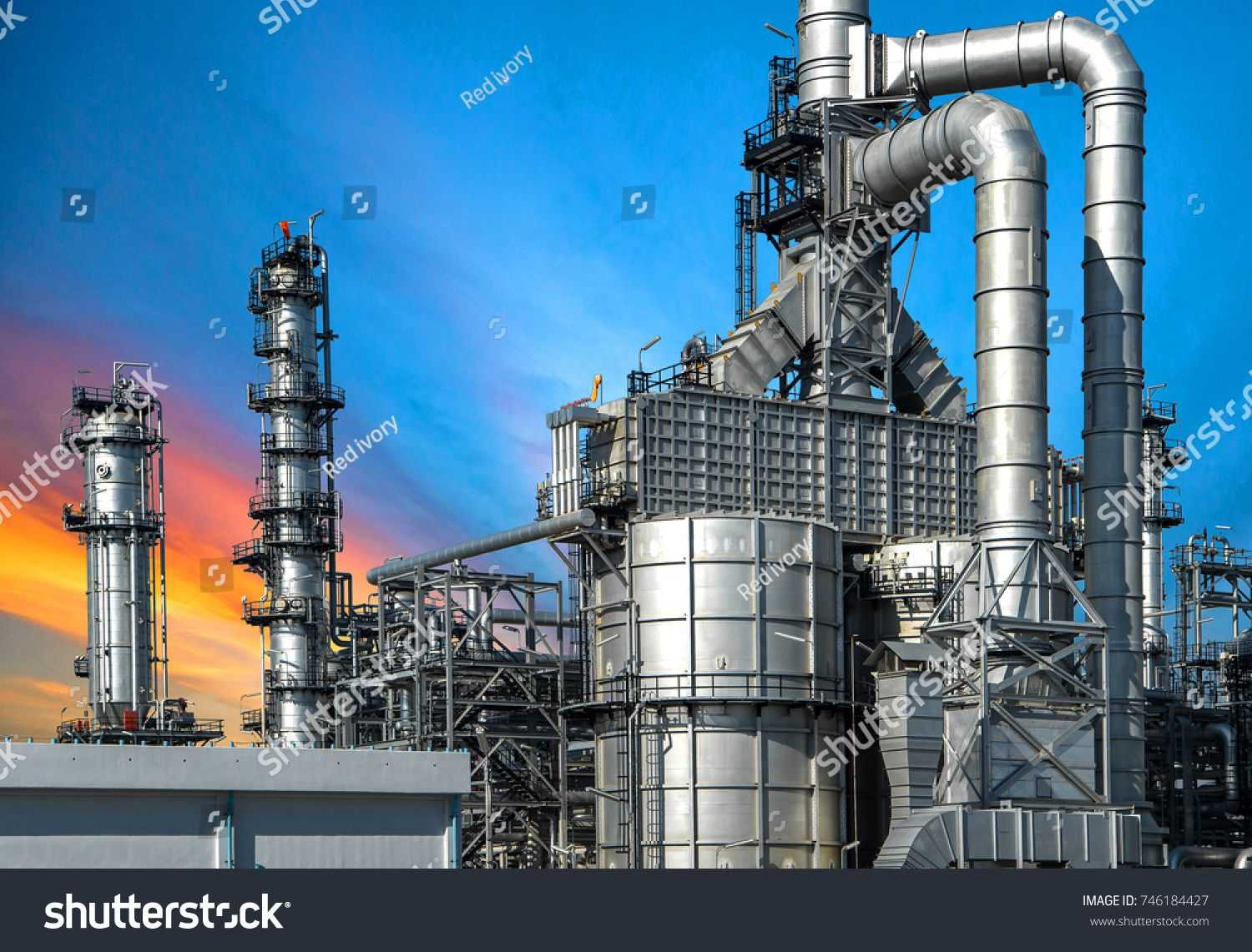 Close Up Oil And Gas Refinery Factory At Sunset Industrial Petrochemical Plant Sponsored Affiliate Gas With Images Social Media Graphics Image Refinery Oil And Gas