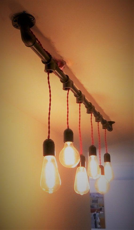 Industrielle Kronleuchter Handgefertigt In Rohr Aus Gusseisen, Die 6 Lampen  Aufnehmen Können. Größe: Länge: 140 Cm Breite: 7 Cm Höhe Mit Glühbirnenu2026