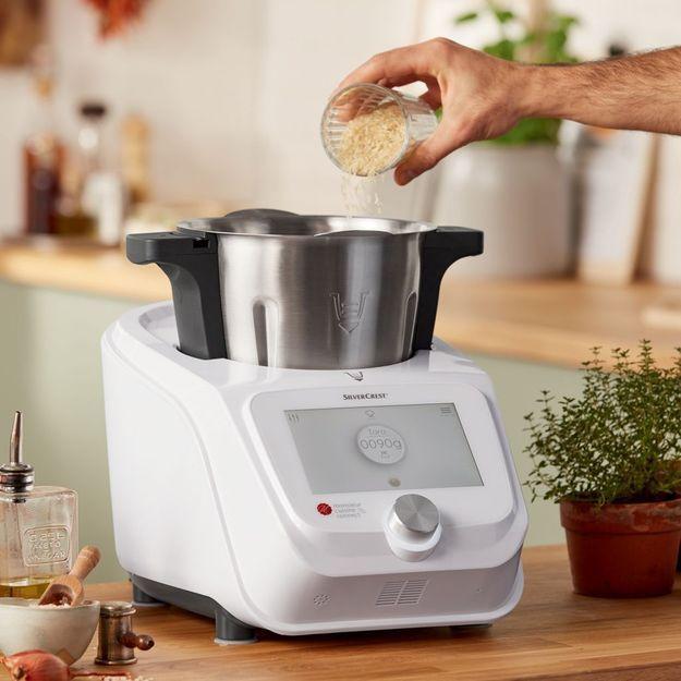 Fonctions, prix, micro : Tout savoir sur le robot Monsieur Cuisine Connect de Lidl #recettemonsieurcuisinesilvercrest