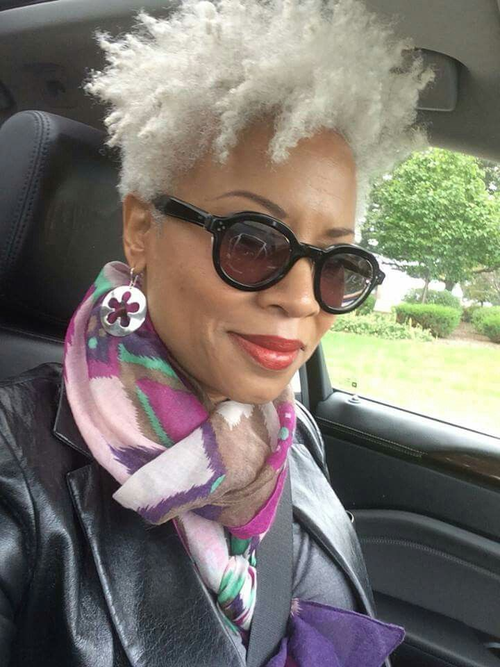 Janice Cosby Bridges Silver Foxes Coiffures Cheveux
