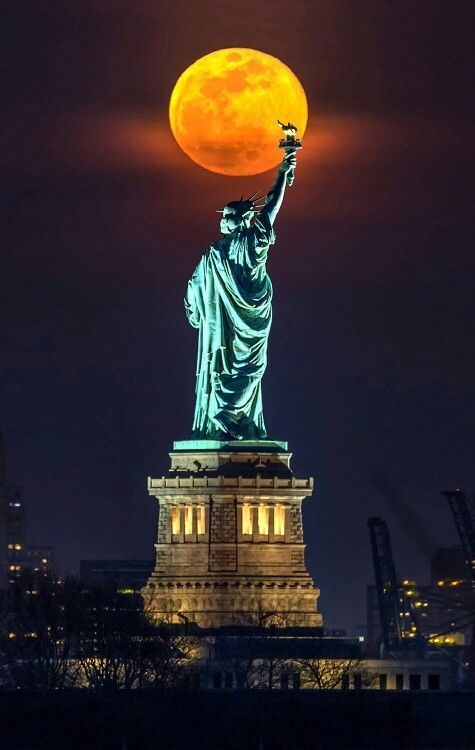 Pin By Yvonne Pope On World Trailblazers New York Pictures Lady Liberty Statue Of Liberty
