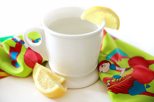 The Benefits of Drinking Hot Water with Lemon | Man Repeller