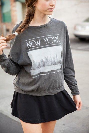 Brandy ♥ Melville | Samantha New York Top - Graphics
