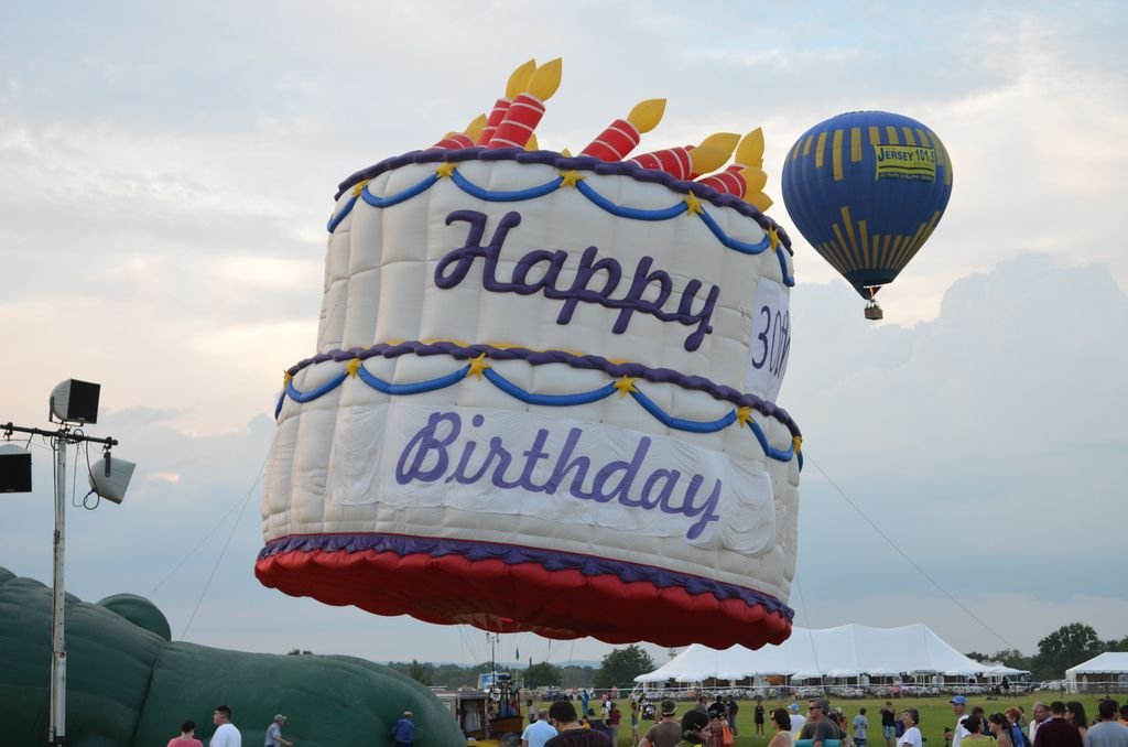 Mickey Mouse Birthday Cake | Birthday Cake Drawing: The