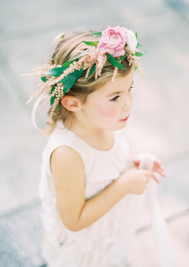26 most insta worthy flower ideas weve ever seen flower ideas 26 most insta worthy flower ideas weve ever seen flower girl crownflower izmirmasajfo Image collections