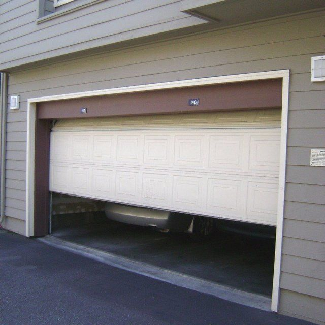 This Garage Door Looks Really Nice I Like The Darker Brown Lining