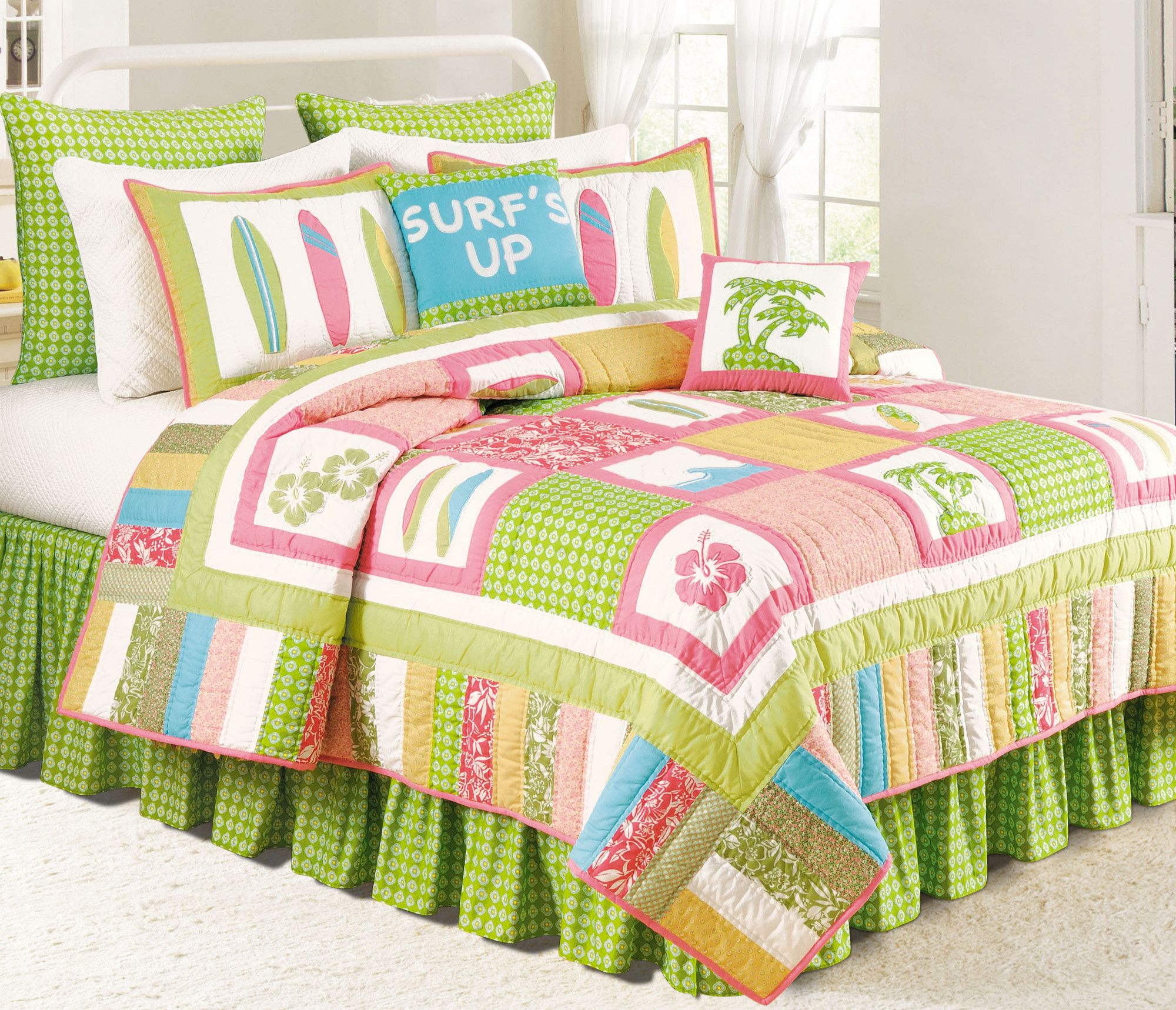 Decorating Kids Bedrooms Blogs | Beach bedding sets, Surf ...