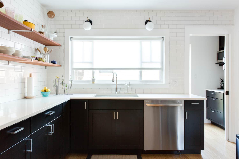 The 9 Deadly Sins Of Bad Kitchens According To Professionals Kitchen Triangle Professional Kitchen Design Kitchen Design