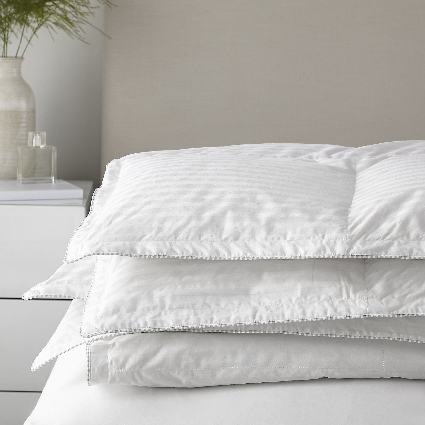 Down 4.5 Tog King Size Duvet