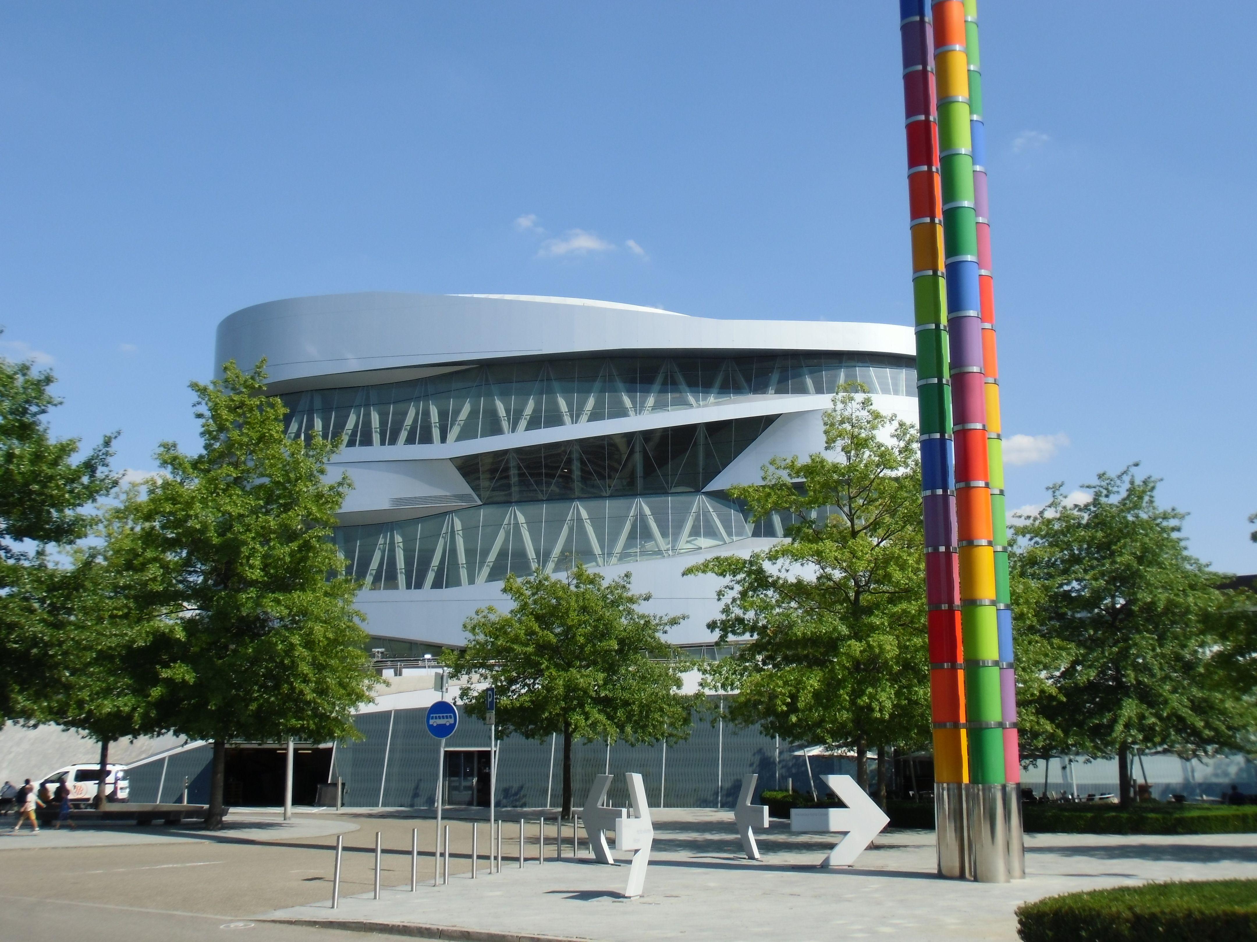 Mercedes Benz Museum Parken