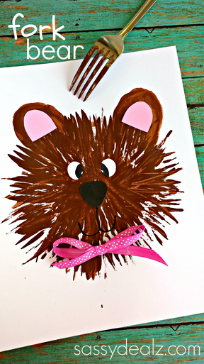 Kids Furry Bear Craft Using a Fork - or is it a wolf like my husband said?! :D #Kidscraft #animalcraft