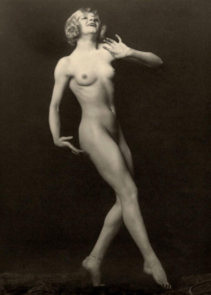 Claire Luce, the Ziegfeld Follies showgirl, by Alfred Cheney Johnston