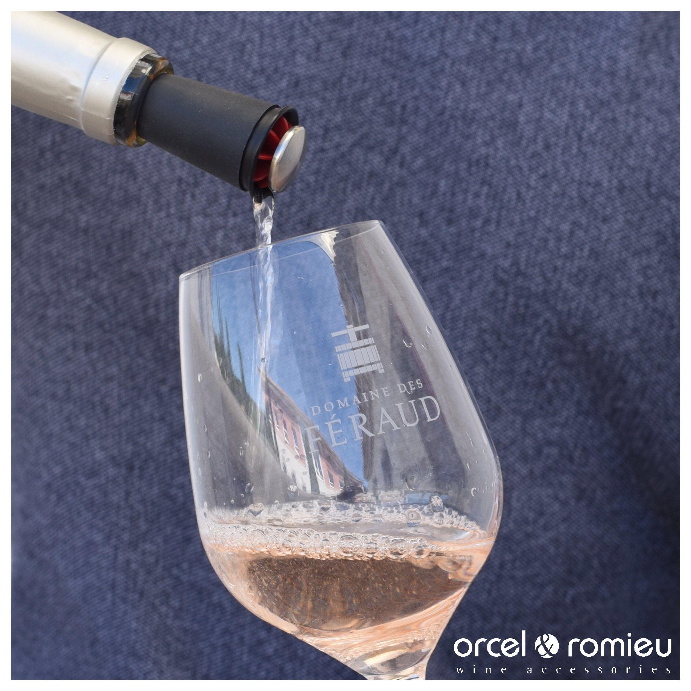 Aeration Du Vin L Accessoire Parfait Pour Servir Le Vin Tout En L Aerant Le Wine Est Un Cone Que Vous P