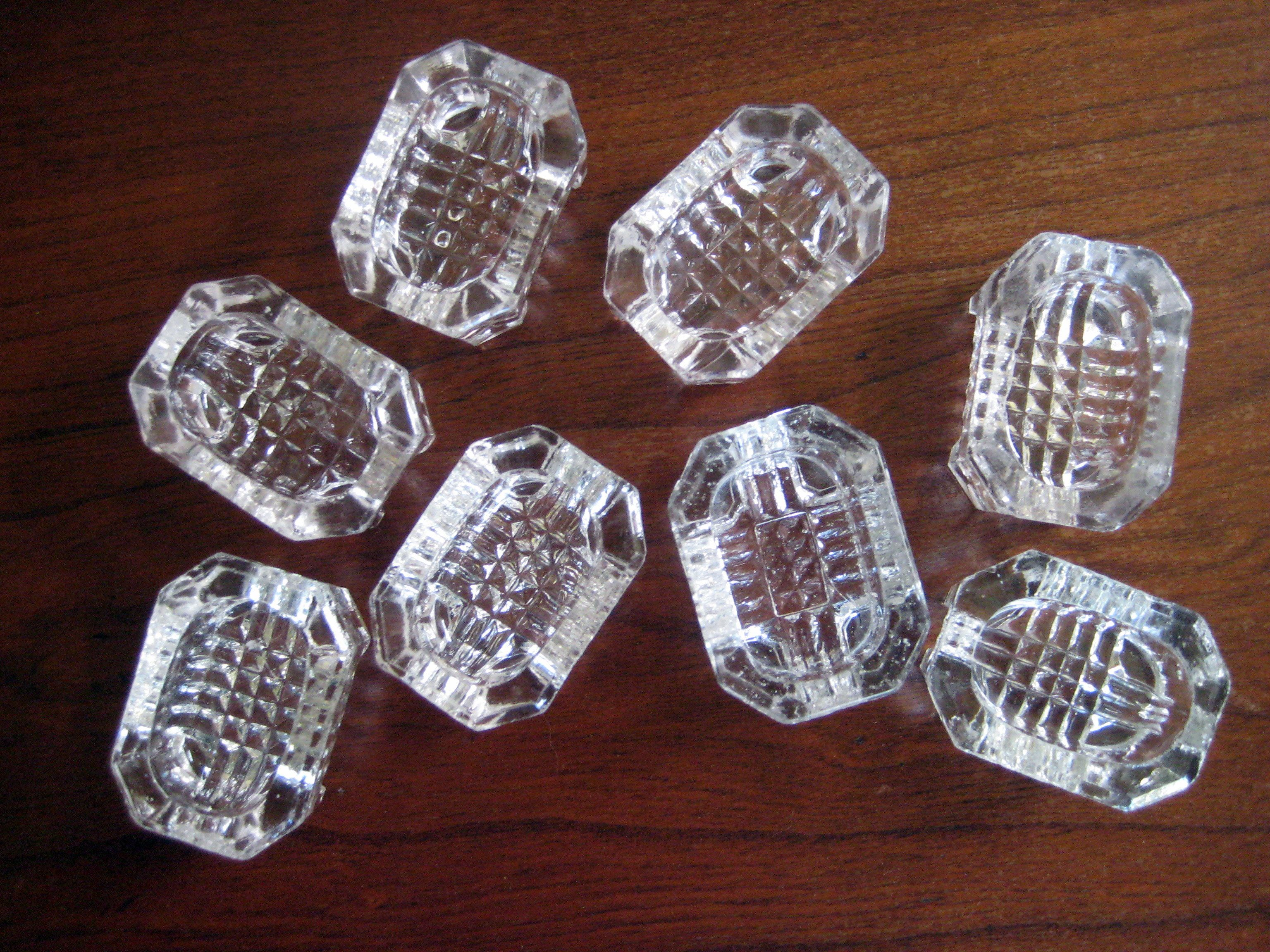 Beautiful vintage salt cellars set of 4 - A Salt Cellar Also Called Standing Salt Is A Vessel Usually Small And Made Of Glass Or Silver Used On The Table For Holding Salt