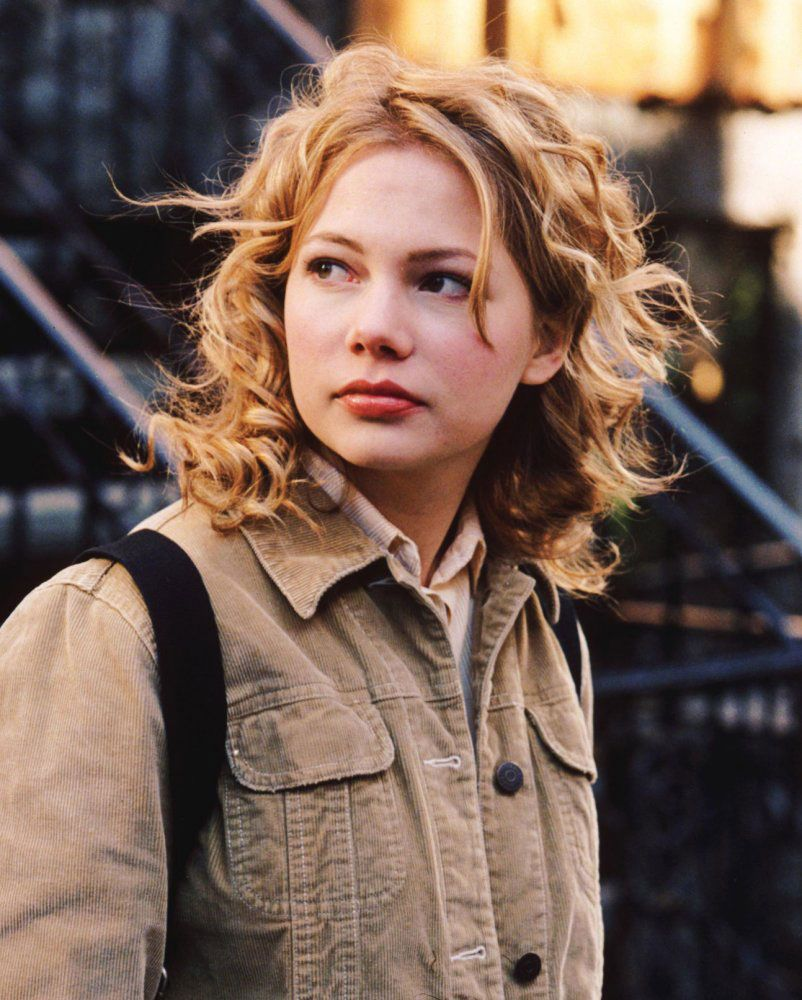 Michelle Williams With Curly Hair Michelle Williams Michelle Williams Actress Dawsons Creek