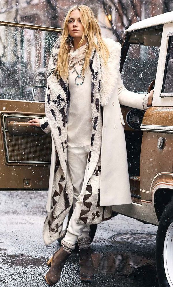 40 Cool Boho Winter Fashion Outfits #bohooutfits