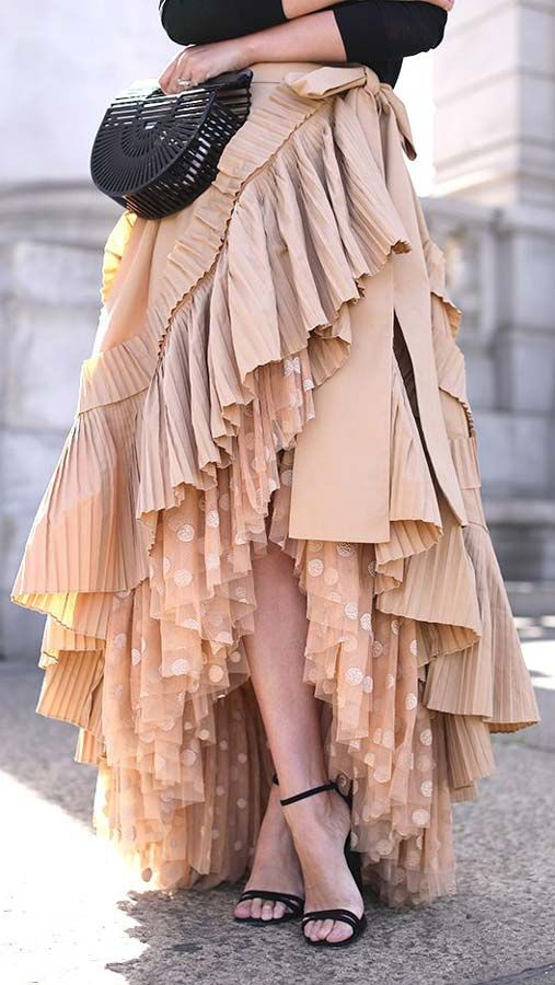ed6d194821 peach #ruffled #maxi skirt street style #outfit | Vintage Clothing ...
