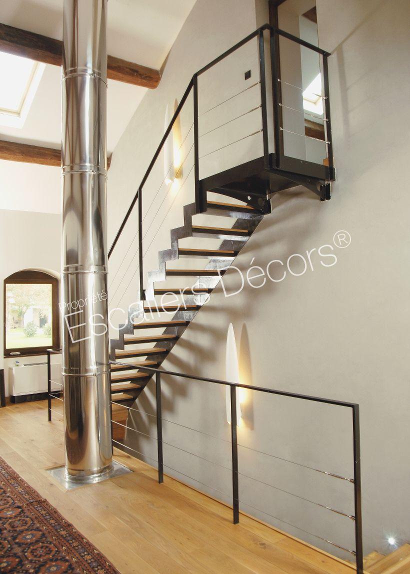 Photo Dt46 Esca Droit Avec Palier D Arrivee Formant Escalier 1