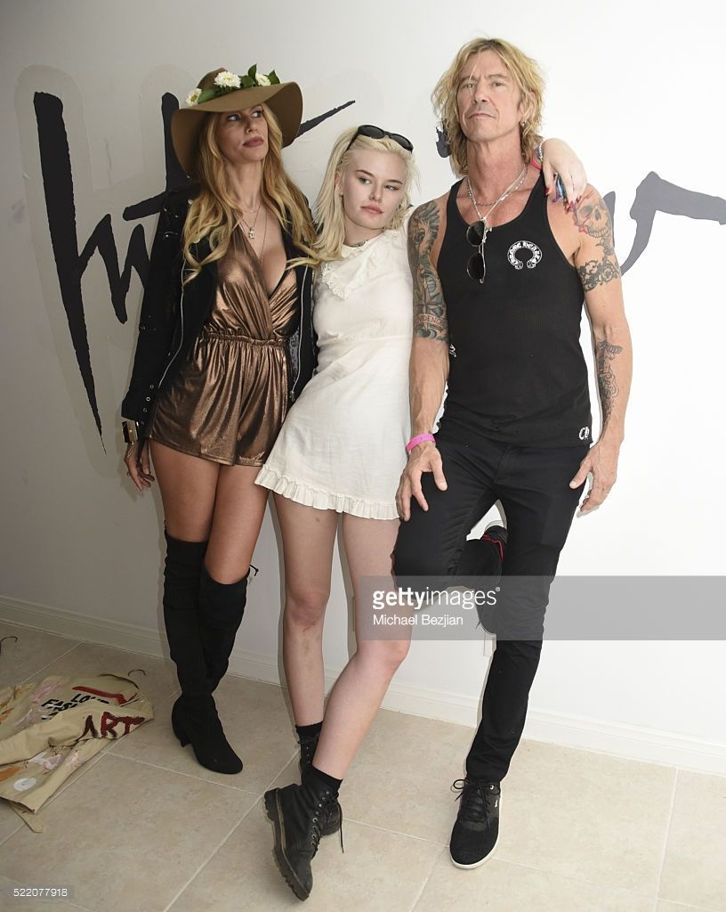 paradise house presented by interview hosted by susan holmes musician singer songwriter and author duff mckagan model television personality and fashion designer susan holmes mckagan and singer grace grave