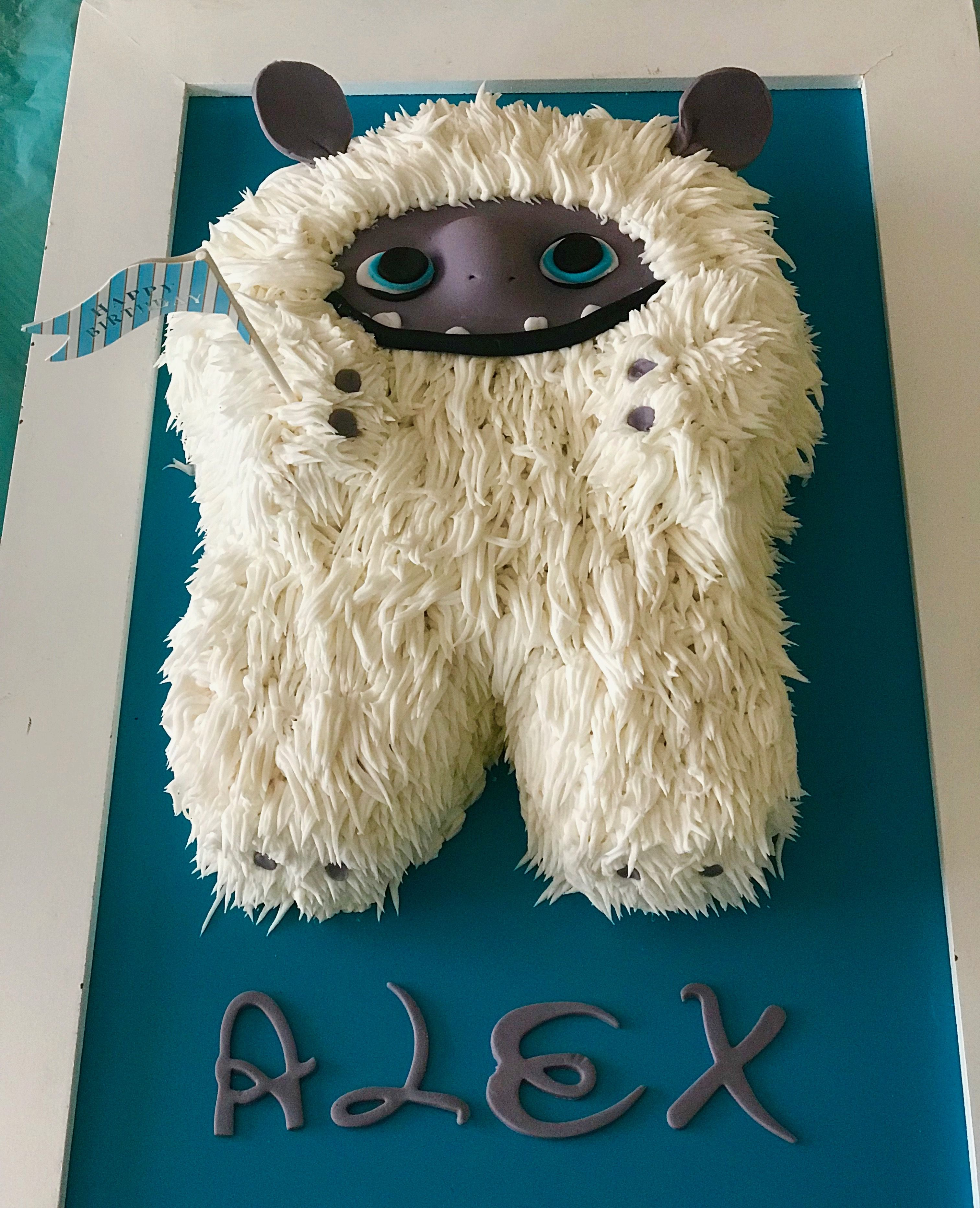 Abominable Birthday Cake Theme With Images Boy Birthday