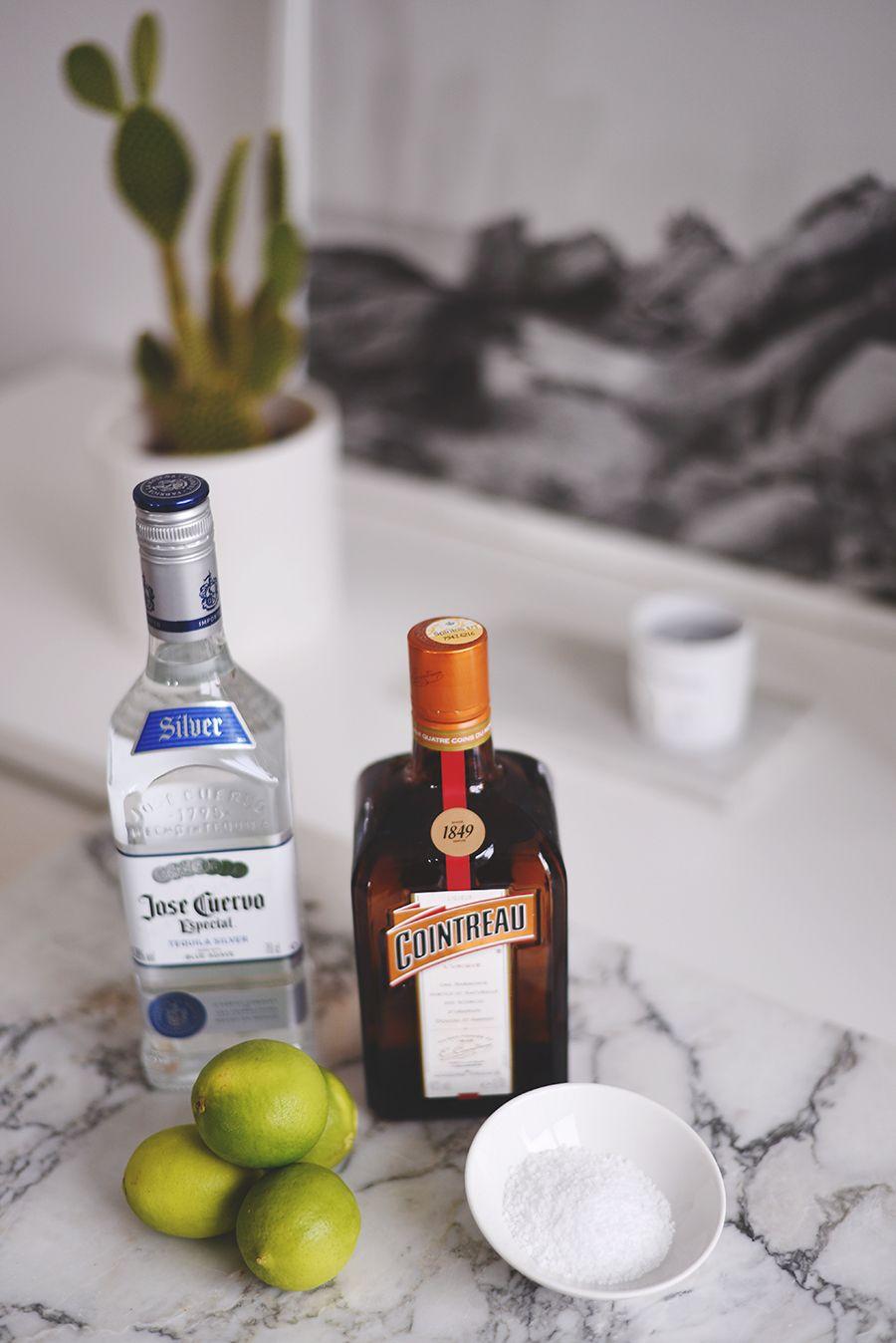 Magaritas. Yay det er fredag! Og måske endda også juleferie for nogle af jer? Det er det ikke helt for mig endnu, men eftersom vi smutter på spa i Sverige i dag til i morgen, så føles det næsten som om ferien er startet. Og så er fredagscocktailstilbage. Hjernerystelse og alkohol er en dårlig kombination, men …