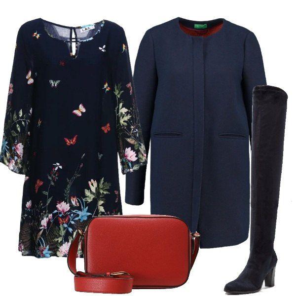 competitive price 1a085 af8cf Outfit composto da vestito blu a maniche lunghe con fantasia ...