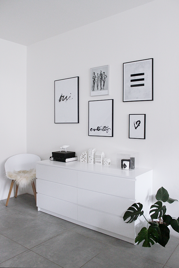 7 Dreamy Gallery Wall Ideas For Your Bedroom College Apartment Decor Tumblr Room Decor Dorm Room Decor