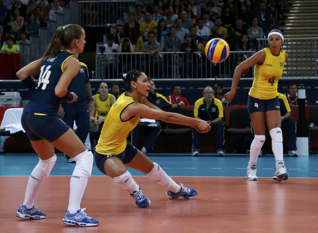 Photos London 2012 Olympics The New York Times Female Volleyball Players Brazil Volleyball Olympics