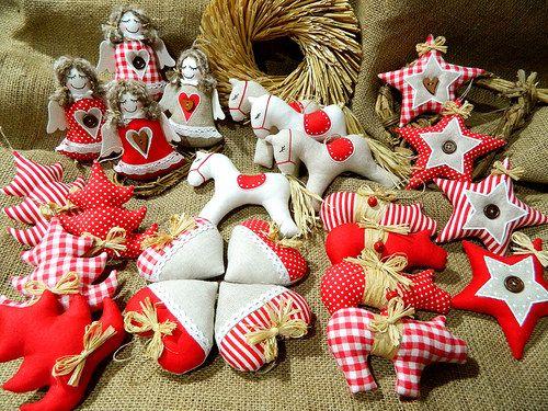 Staročeské Vánoce - kolekce ozdob   Winter decor, Christmas crafts,  Christmas decorations